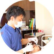 歯科衛生士による歯のクリーニングや、ブラッシング指導など
