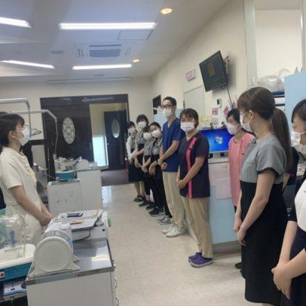 勤務医だった笠原先生が三重県から見学に来てくれました。